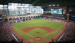 Minute Maid Park with its roof closed - PHOTO CREDIT - ballparksofbaseball